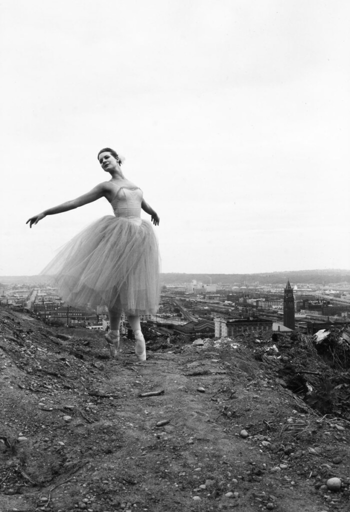 A black and white photo of a ballerina.
